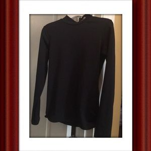 💗💜Black long sleeved, great for sports
